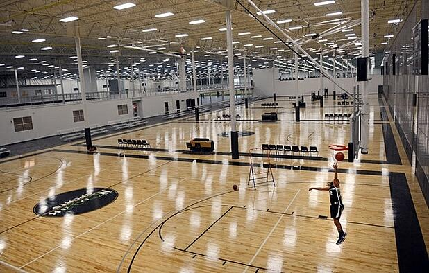 basketball court inside Spooky Nook Sports Complex in Manheim, PA