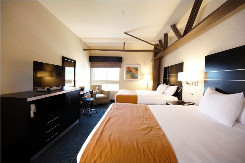 warehouse-hotel-double-room-lights-on